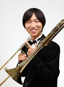戸井田 晃和